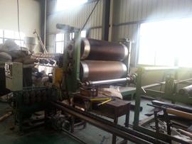 材料源:HDPE排水板加工设备