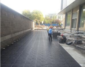 浙北广场蓄排水板施工案例