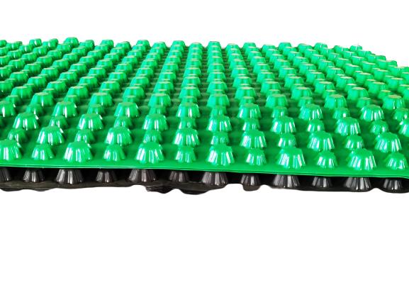 置顶PVC排水板工厂祝愿广大考生:寒窗苦读十数载,一朝金榜题名时!